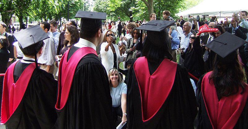 800px-Harvard_University_Academic_Hoods