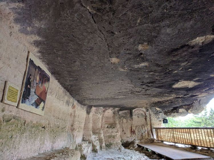 Varna_Region_-_Varna_Municipality_-_Golden_Sands_Resort_-_Aladzha_Monastery_(21)