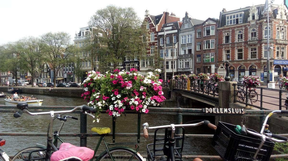 Weekend w Amsterdamie – praktycznyprzewodnik